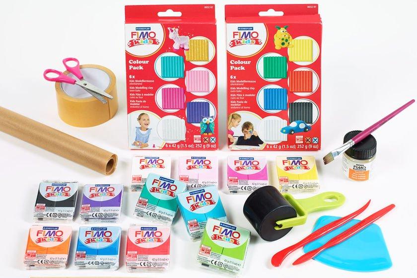 Verschiedene Farbblöcke von Fimo Kids