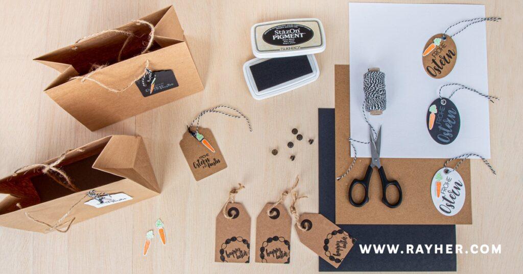 Geschenkanhännger und Geschenktüten aus Kraftpapier mit Clear Stamps verziert