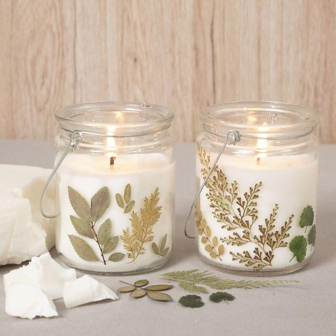 2 Kerzengläser mit gepressten Blättern